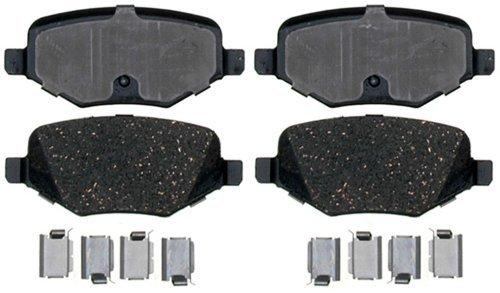 Raybestos PGD1377C Professional Grade Ceramic Disc Brake Pad Set